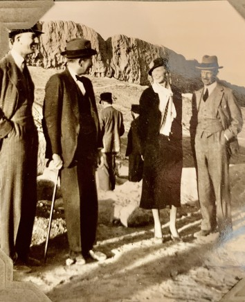 John Drinkwater, Sir Reginald Hoare with group at excavations in Ray, 1934
