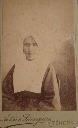 Antoin Sevruguin, A sister of Saint Vincent de Paul, Tehran, 1890