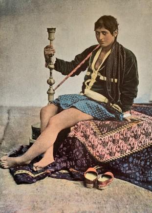 Antoin Sevruguin, Persane fumant le kalgan, 1897