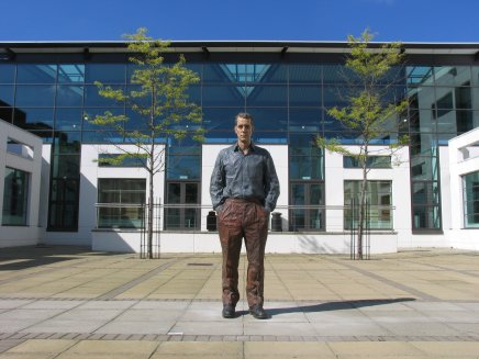 Standing Man, 2001