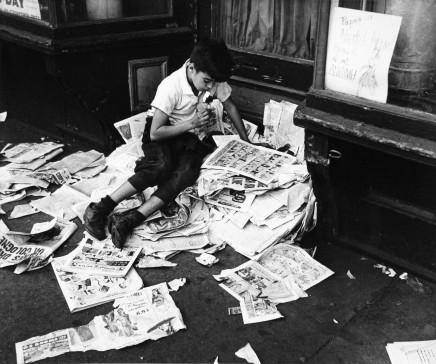 André Kertész   On Reading