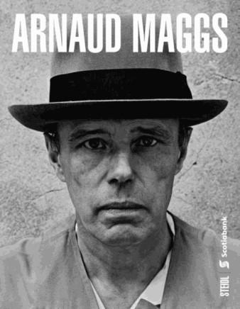 Arnaud Maggs