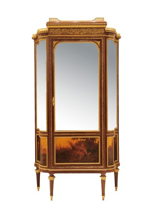 Francois Linke, Vitrine in mahogany veneer, glass and gilt bronze, Louis XVI style, end of 19th century/beginning of 20th century