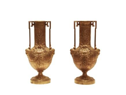 Ferdinand Barbedienne, Pair of Bronze cups, Late 19th century