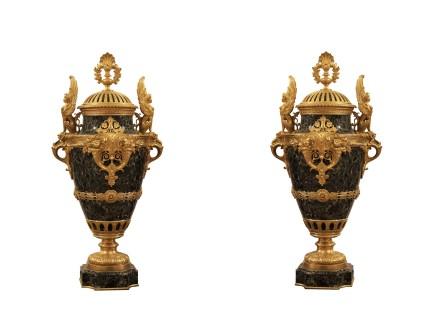Ferdinand Barbedienne, Pair of urn vases, Late 19th century