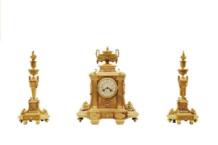 Gilt bronze clock garniture, End of 19th century