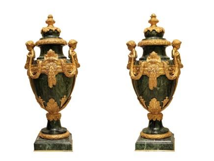 Ferdinand Barbedienne, Pair of decorative vases, late 19th century