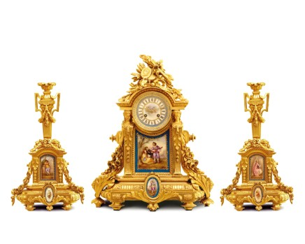 Gilt-bronze three-piece clock garniture, End of 19th century