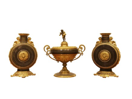Gilt-Bronze garniture, Late 19th century