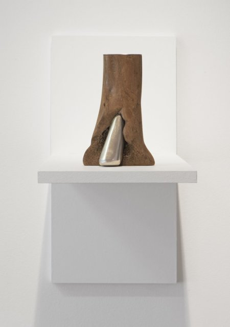 "<span class=""artist""><strong>Julia Lohmann & Gero Grundmann</strong></span>, <span class=""title""><em>Tidal Ossuary 3A</em>, 2009-2010</span>"