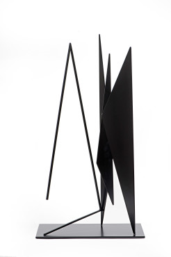 <span class=&#34;artist&#34;><strong>Genevi&#232;ve Claisse</strong></span>, <span class=&#34;title&#34;><em>Triangles</em>, 1966</span>
