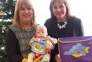 Book Trust and TinyLife give books to families of premature and sick babies