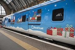 See how these trains got some Christmas magic