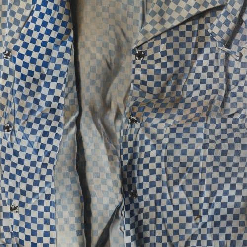 瑪莉娜.克魯斯, 《 藍白格紋的微湧》 Subtle Waves of Blue and White Squares , 2018