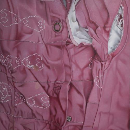瑪莉娜.克魯斯, 《粉紅服裝的白線與纖維》 White Threads and Fibers on Pink Garment, 2019