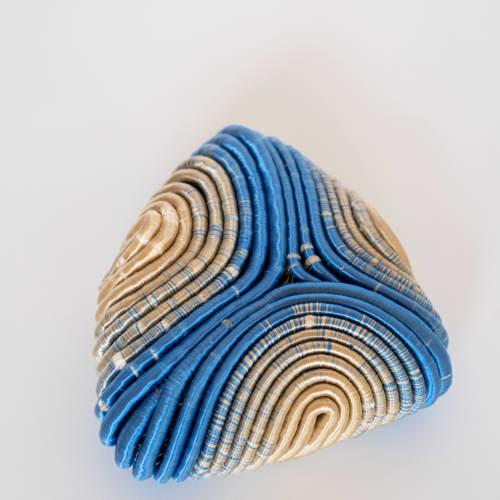 Joana Schneider, Golden Enigma - The Head