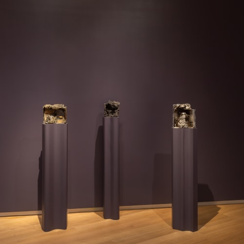 Installation image of Beth Lipman: Collective Elegy, Museum of Arts and Design, New York, 2020; Photo by Jenna Bascom Photography; courtesy the Museum of Arts and Design, New York
