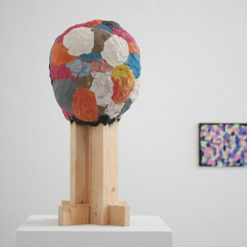 Mark Swords, Head, 2007 plasticine & wood, 48 x 20 x 20 cm