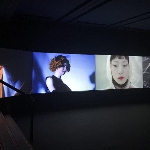 袁可如, 旦夕异客, 四屏影像装置, 27分钟 Yuan Keru, Fleeting strangers, 4-screen video installation, 27min 2017