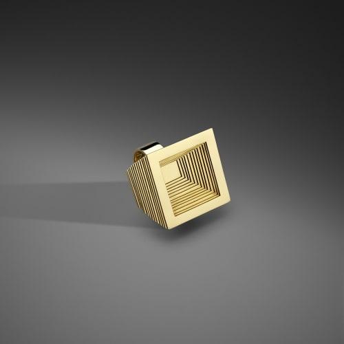 ANISH KAPOOR  Atlas ring, (square) 2012