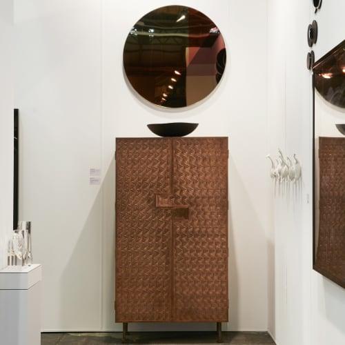Gallery Sally Dan-Cuthbert, Booth E11, Photography by Zan Wimberley