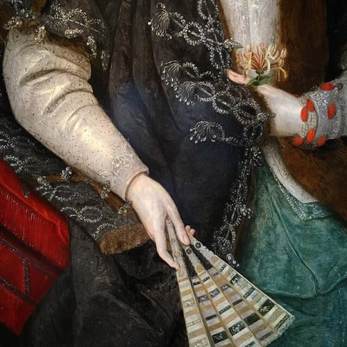 A plethora of textures: fur, lace, ivory, silk, flowers, silver, and more! #jacobean #court #portrait #ladynevile #sackville #gheeraerts #peake #jamesvi #england #oldmaster #painting #silk #fur #flowers #spring