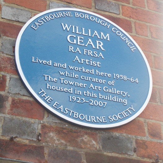 Second blue plaque for William Gear
