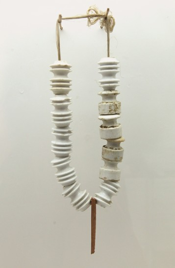 Bernhard Schobinger Vom Seegrund Getaucht, 1986 Necklace, Porcelain, clay, thread 580x100x40