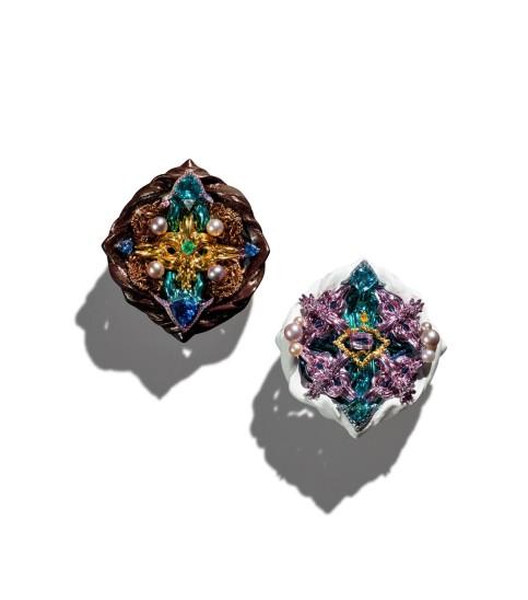 Gearry Suen – Conversation Earrings