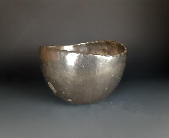 Uchida Koichi 内田鋼一, Platinum color tea bowl 白金彩, 2019