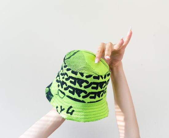 Yamuna Forzani, Neon Green