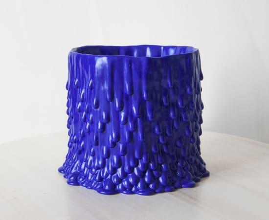 Cécile Bichon, Cache-pot souche basaltique L bleu électrique