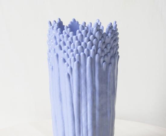 Cécile Bichon, Vase ascensionnel floral épanoui bleu lavande