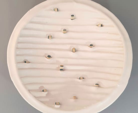 Kathryn Hearn, Low White Bowl with inclusions, 2021