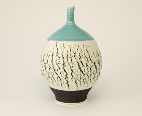 <span class=&#34;artist&#34;><strong>Hugh West</strong><span class=&#34;artist_comma&#34;>, </span></span><span class=&#34;title&#34;>Green Crackle Bottle Vase</span>