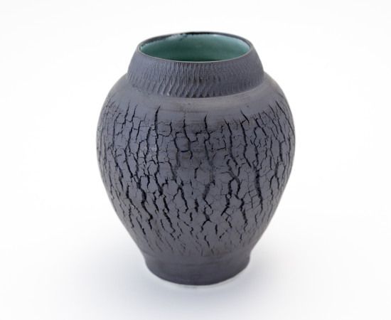 <span class=&#34;artist&#34;><strong>Hugh West</strong><span class=&#34;artist_comma&#34;>, </span></span><span class=&#34;title&#34;>Black Crackled Vase</span>