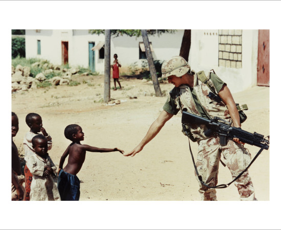 Dan Eldon, U.S. Soldier and a Somali Boy, 1993