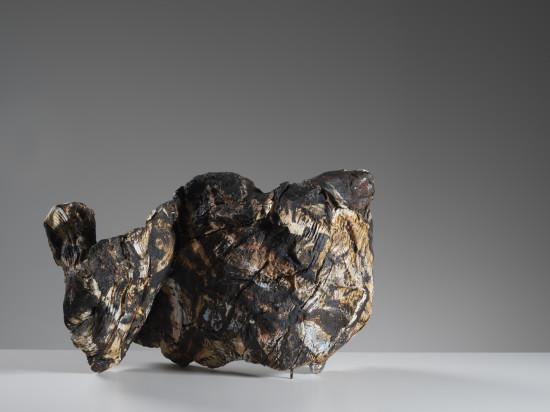 <span class=&#34;artist&#34;><strong>Ewen Henderson</strong><span class=&#34;artist_comma&#34;>, </span></span><span class=&#34;title&#34;>Zig Zag<span class=&#34;title_comma&#34;>, </span></span><span class=&#34;year&#34;>c1997</span>