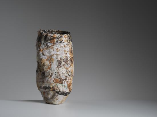 <span class=&#34;artist&#34;><strong>Ewen Henderson</strong><span class=&#34;artist_comma&#34;>, </span></span><span class=&#34;title&#34;>Vessel<span class=&#34;title_comma&#34;>, </span></span><span class=&#34;year&#34;>c1990</span>