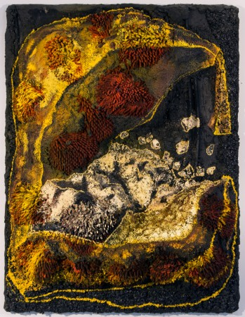 <p>Whitney Oldenburg,&#160;<i>Unpeeled</i>, 2015</p><p>Vermiculite, perlite, rock, car polishers, wood, oil, and acrylic, 46 x 36 x 10 in.</p><p>old002</p>
