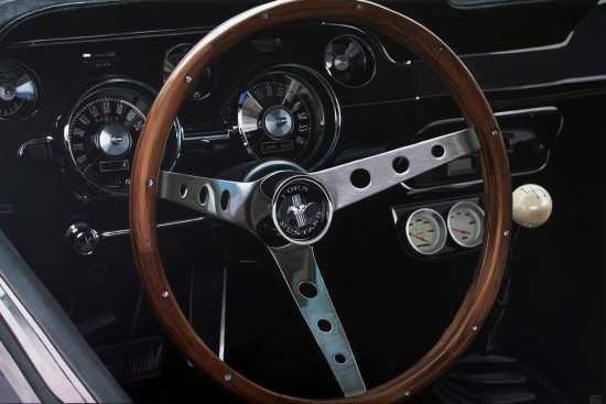 <p>&#34;Ford Mustang Dashboard&#34;</p><p>Acrylic on canvas</p><p>97 x 146 cm</p>