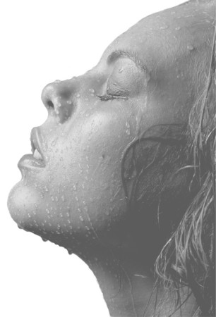 <p>Paul Cadden</p><p>&#34;From the Morning&#34;</p><p>Pencil on paper</p><p>70 x 50 cm</p>