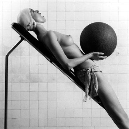 Robert Mapplethorpe Italian Vogue, 1984 Silver gelatin print Paper size: 40.6 x 50.8 cm / 16 x 20 ins Edition 6/10