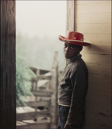 Gordon Parks Untitled, Shady Grove, Alabama, 1956 Archival Pigment Print 86.4 x 76.2 cm, 34 x 30 ins, paper size 100.7 x 91 cm, 39 5/8 x 35 7/8 ins, framed Edition of 7 Printed in 2020