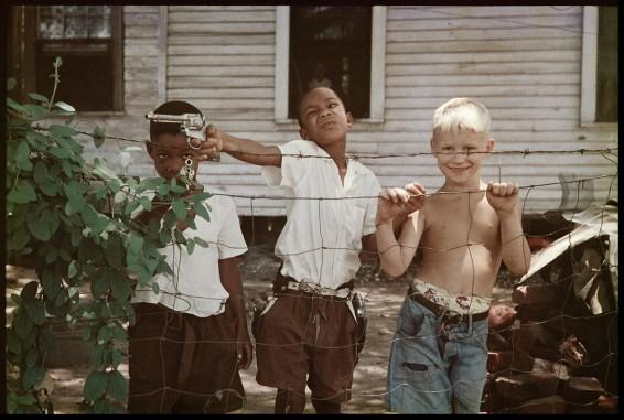 Gordon Parks Untitled, Alabama, 1956 Archival Pigment Print 50.8 x 61 cm, 20 x 24 ins
