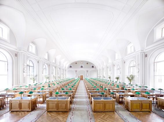 Candida Höfer, Public Library St. Petersburg I 2014
