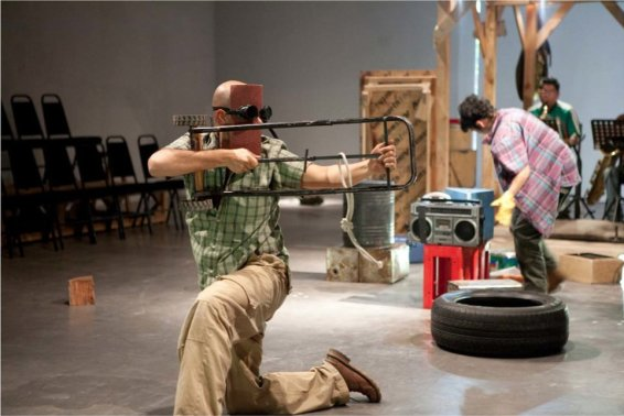 Autoconstruccion: The Play, 2010