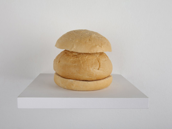 Wilfredo Prieto - Pan con pan (Bread with Bread), 2011