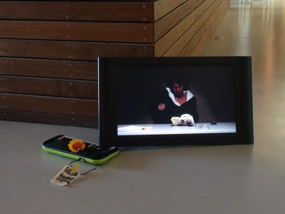 Inder Kommen Sie/ It's a Comedy, 2012