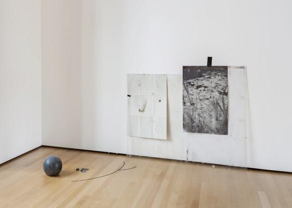 Ian Kiaer, Endnote Ledoux (black), 2016